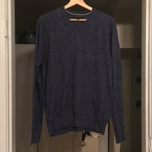 Men's V-Neck Heathered Blue Sweater, Medium